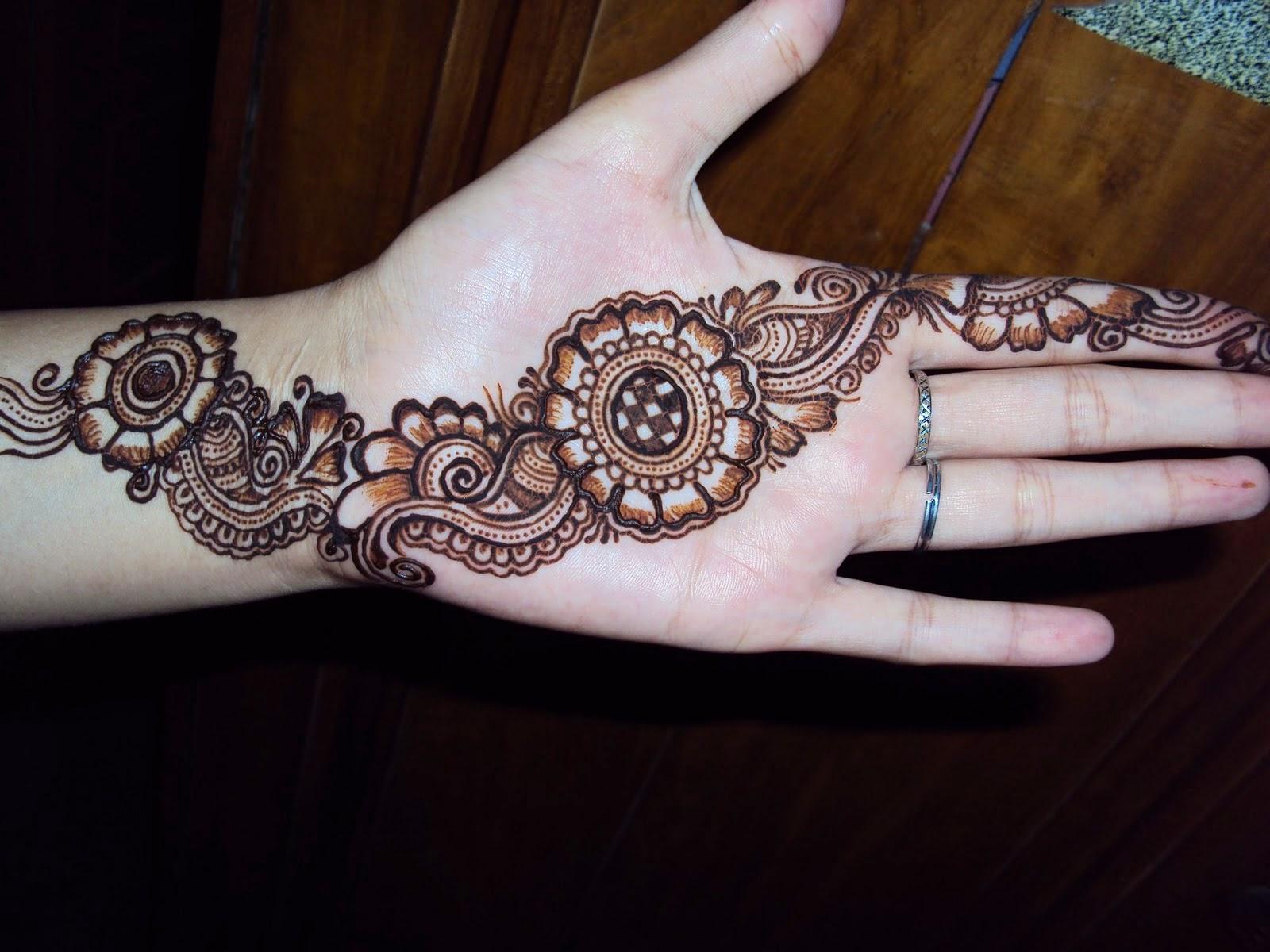 Arabic Eid Mehndi Designs 2021