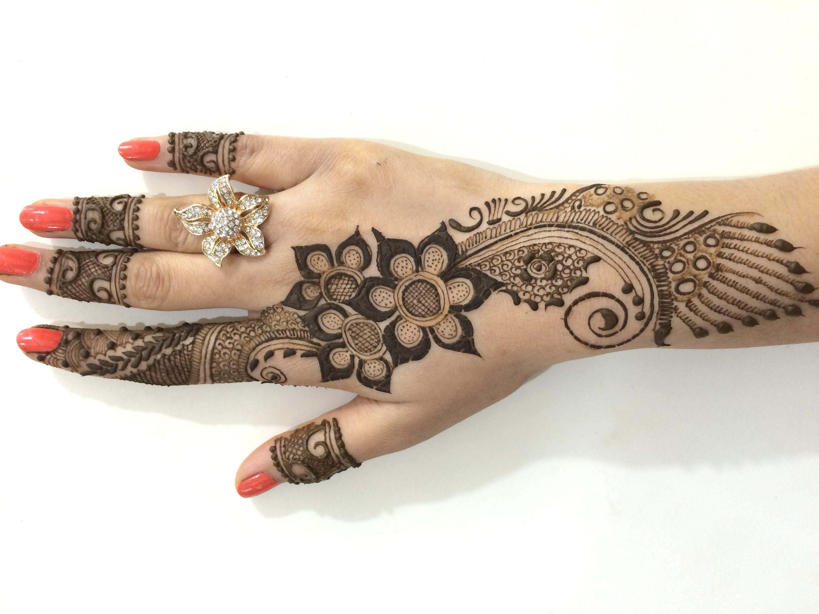 Pakistani Eid Mehndi Designs full hand