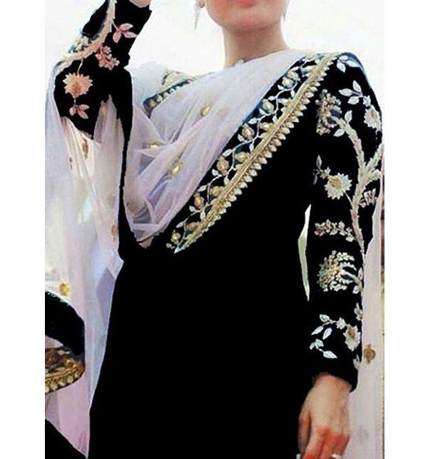 Latest Umar Sayeed Eid Lawn Collection