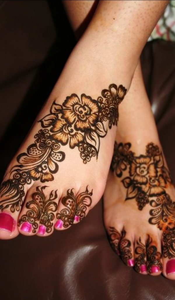 Floral foot henna design