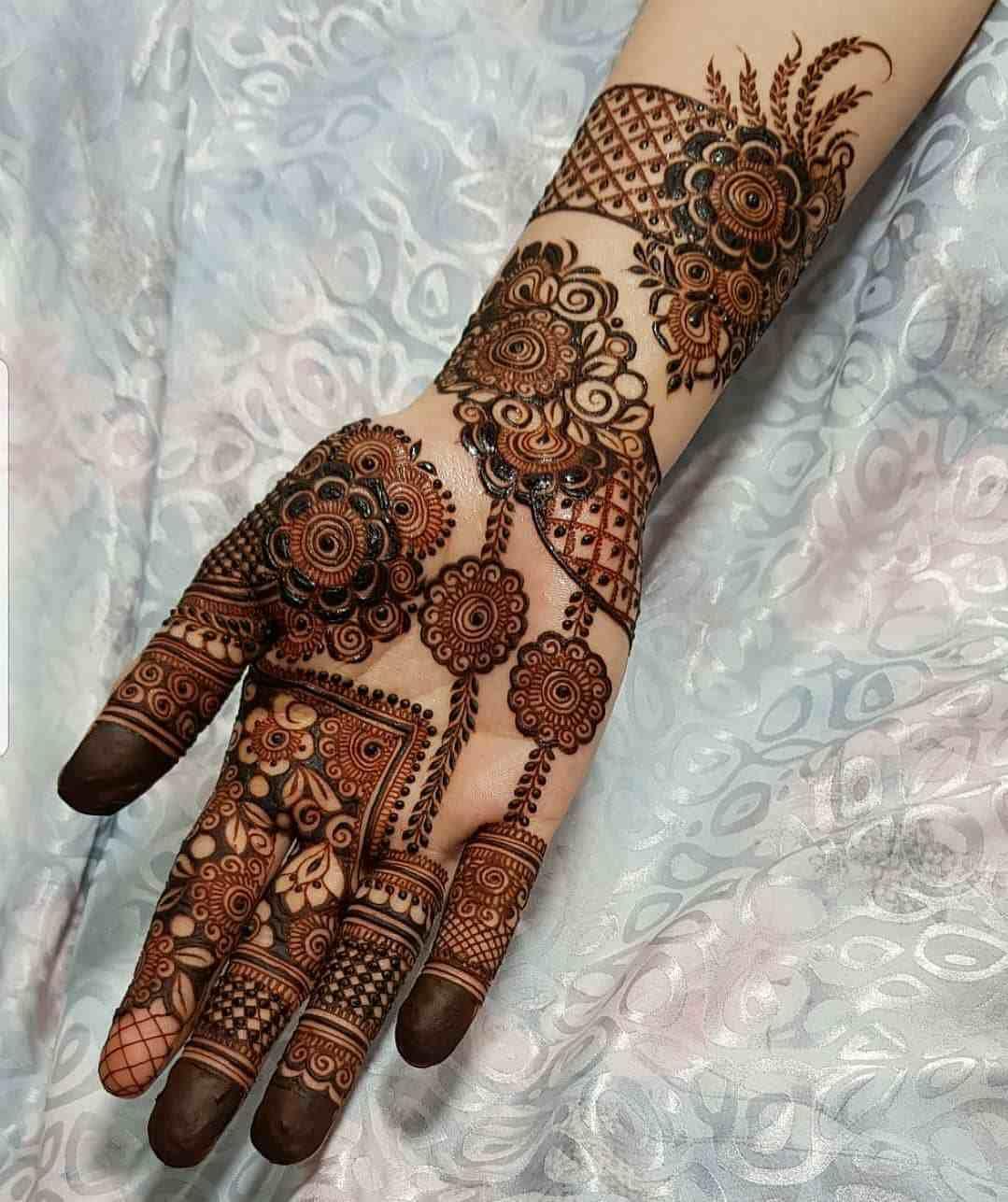 Front hand raksha bandhan design
