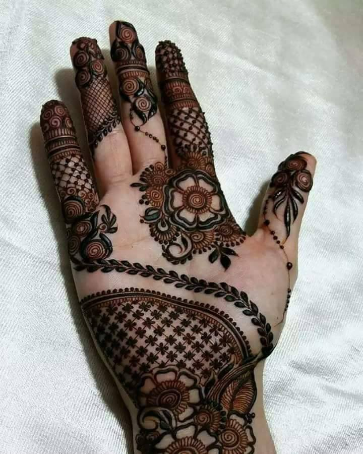 Full hand mehndi design lateast