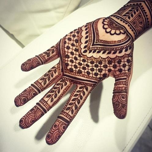 Henna Flicker Patterns Design