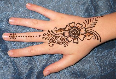 Henna New Minimalist flower designs