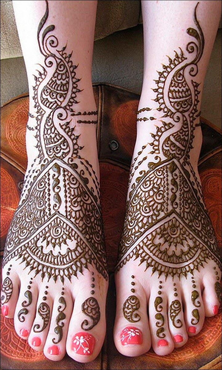 Henna Paisley Foot design