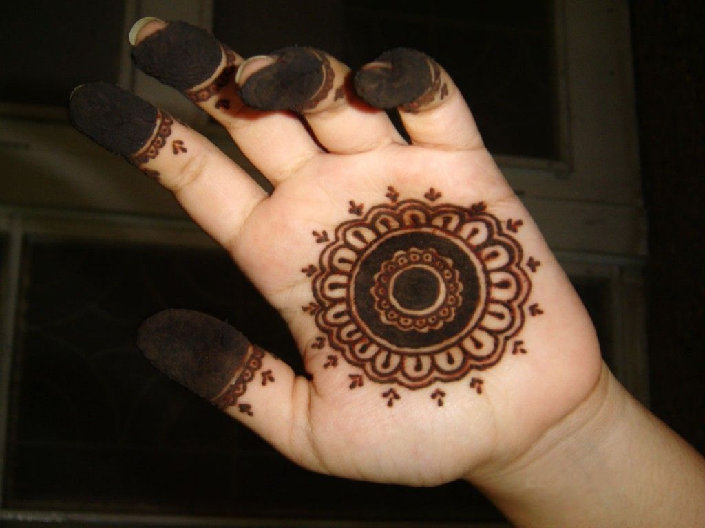 Henna Stacked circles Designs