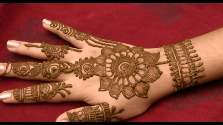 Kurwa Chauth full hand mehndi