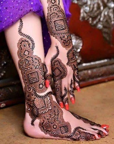 Leg mehndi for Kurwa chauth