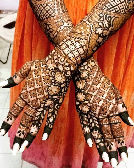 New henna Long stunning Tattoo design