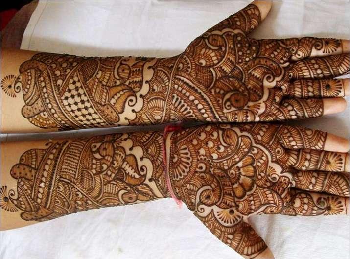 Raksha bandhan desing for full hand