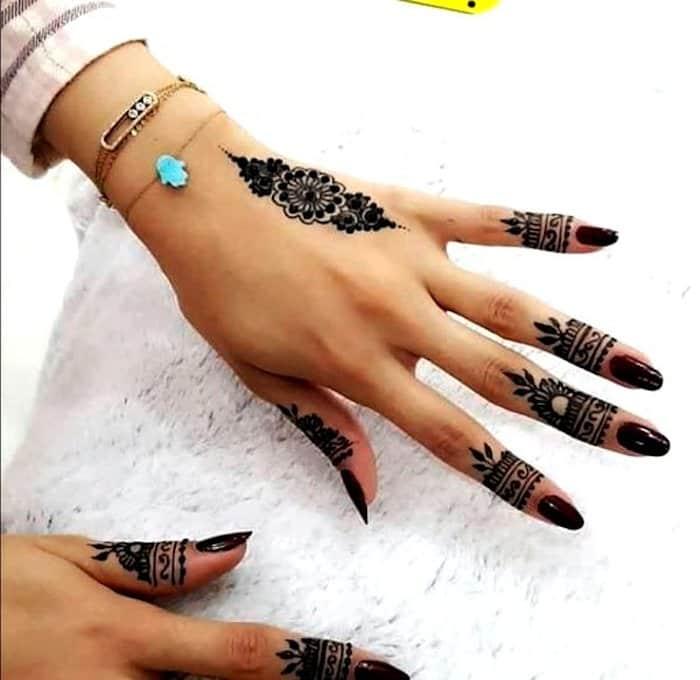 Backside Mehndi Design for finger