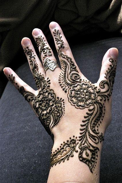 Beautiful Arabic Mehndi Designs For Kids