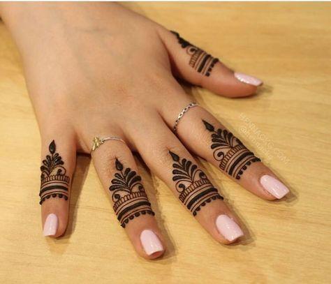 Beautiful Easy Mehndi Design For Fingers