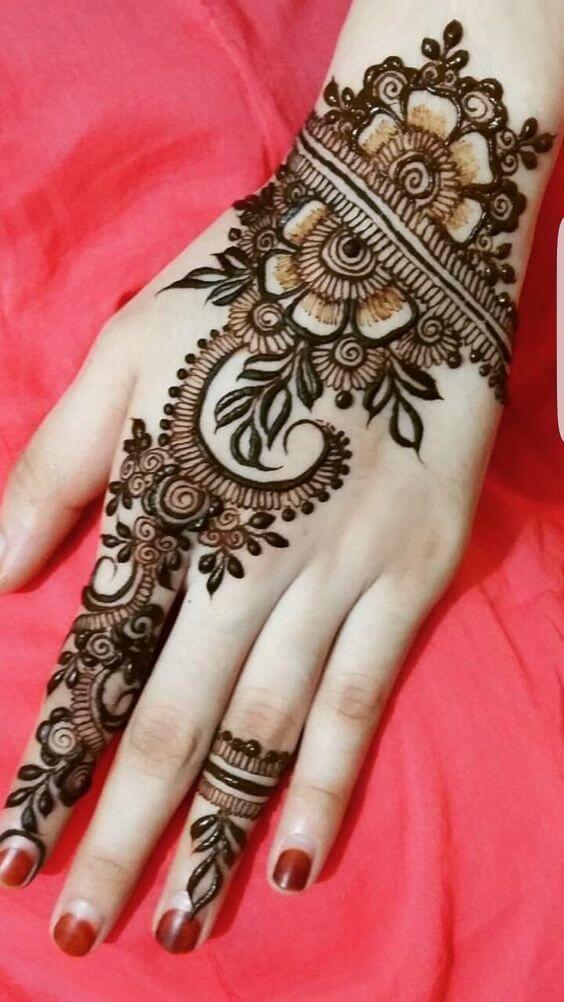 Beautiful Indian Mehndi Designs backside