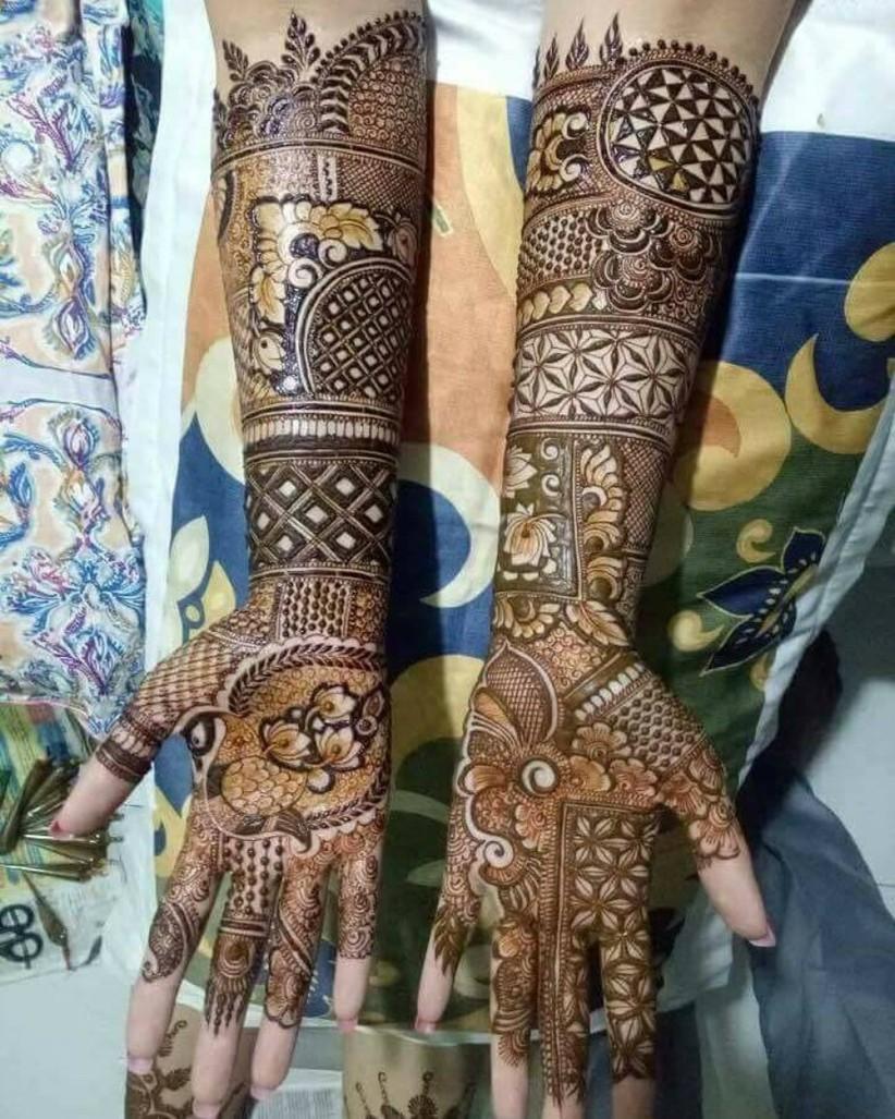 Beautiful rajasthani bridal mehndi design