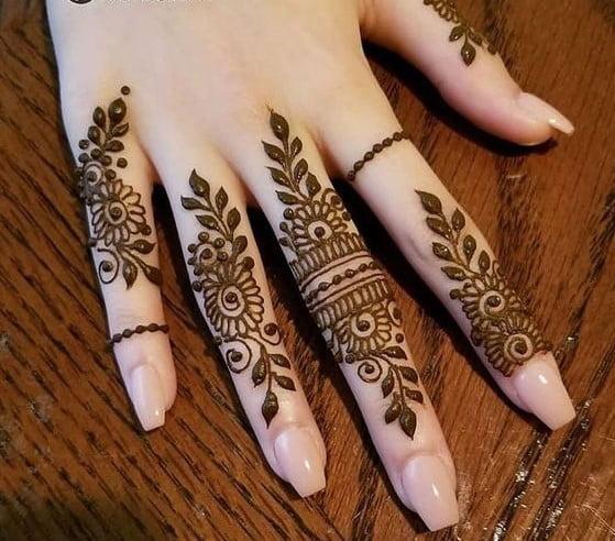 Finger Mehndi New style