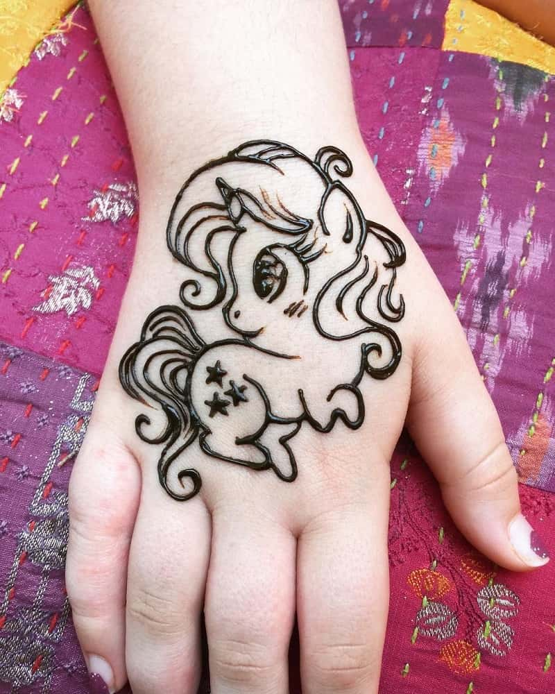 Latest Cute Mehndi Designs For kids Front Hand