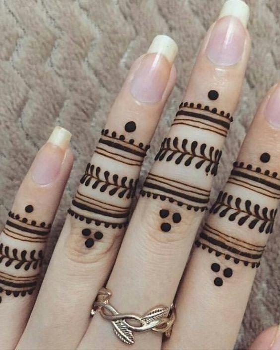 Latest Easy Mehndi Design For Fingers