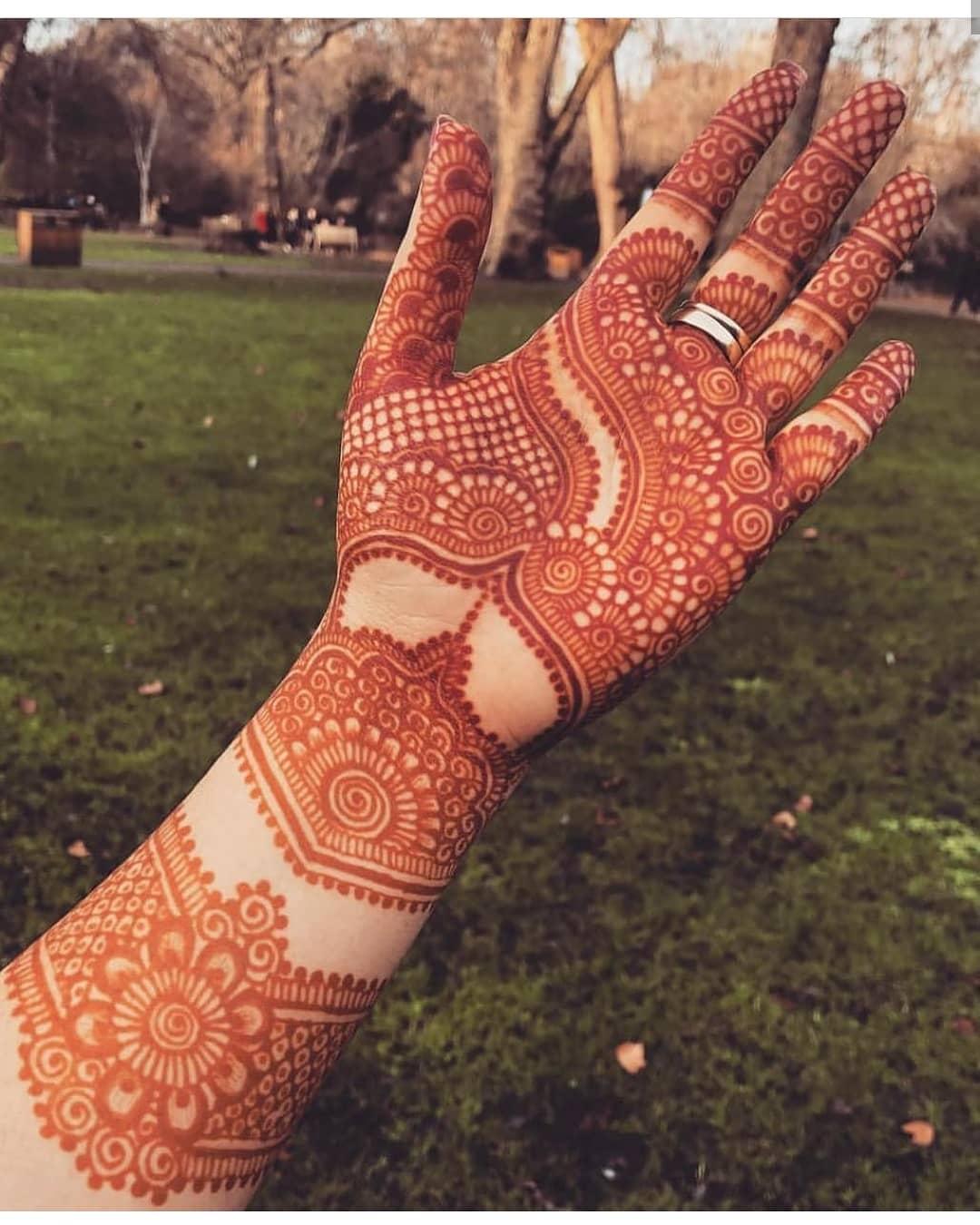 Latest Simple Bridal Mehndi Designs