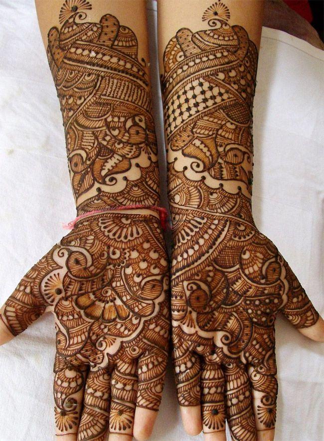 Latest Rajwadi mehndi design