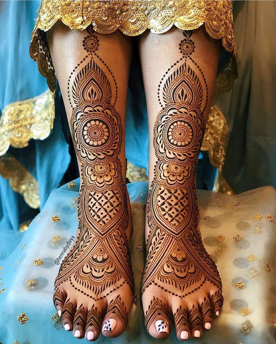 Leg Mehndi latest Design