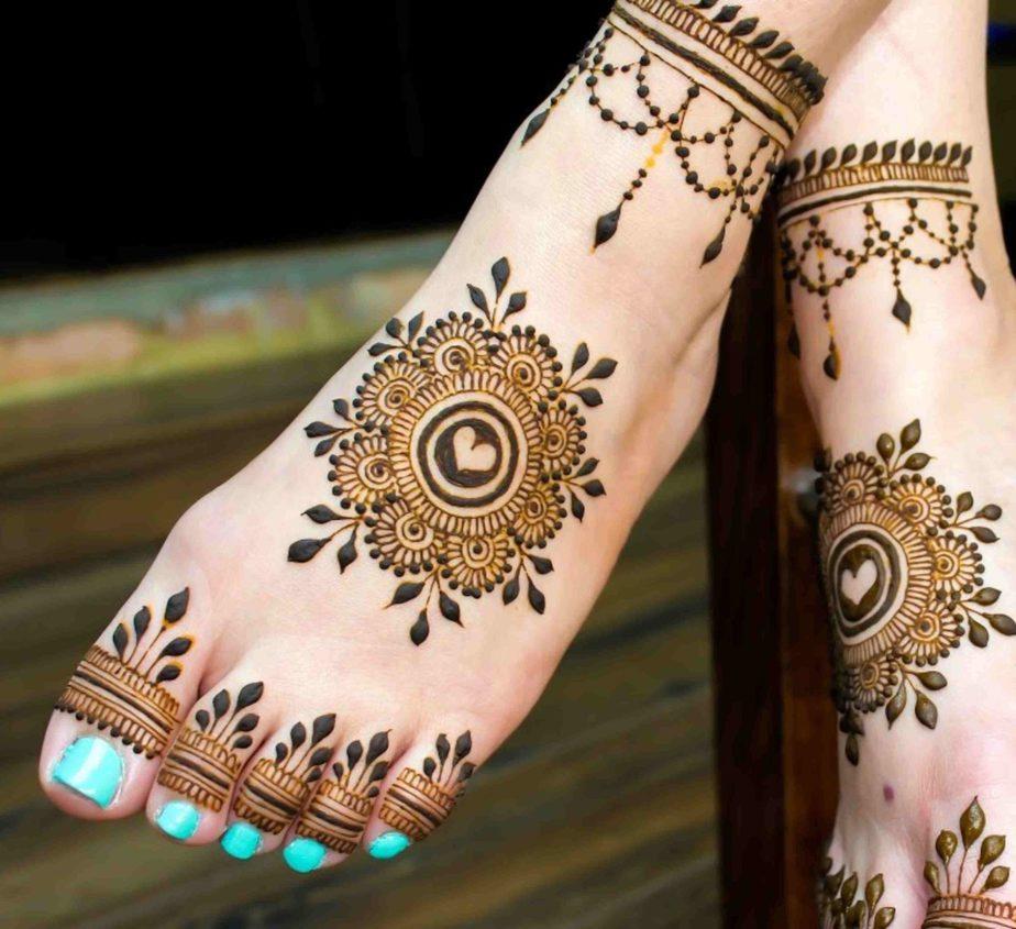 Legs Mehndi Designs