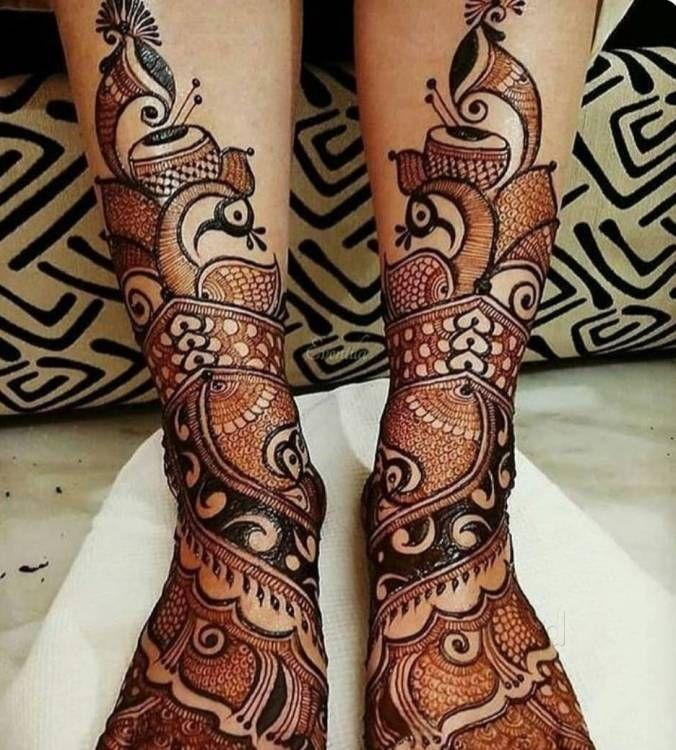 Legs designs mehndi