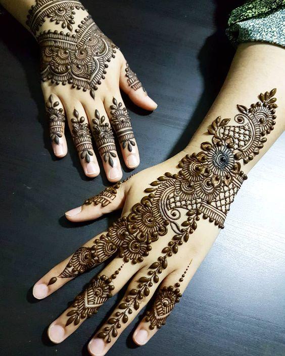 Lovely Indian Mehndi Designs backside