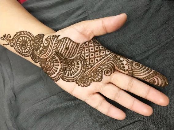Lovely Simple Arabic Mehndi Designs