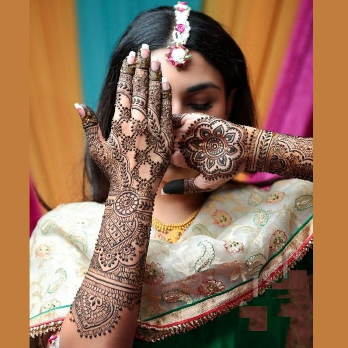 Lovely and Attractive rajasthani bridal mehndi design