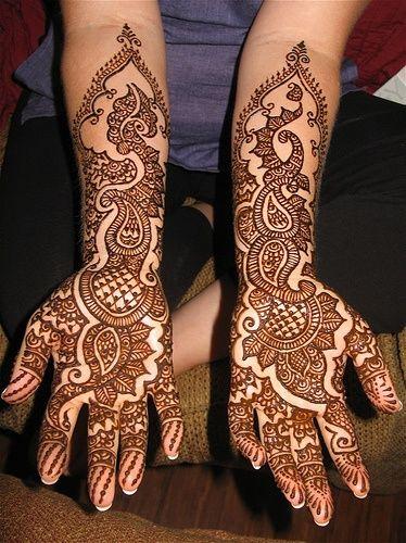 Lovely marwari mehndi design