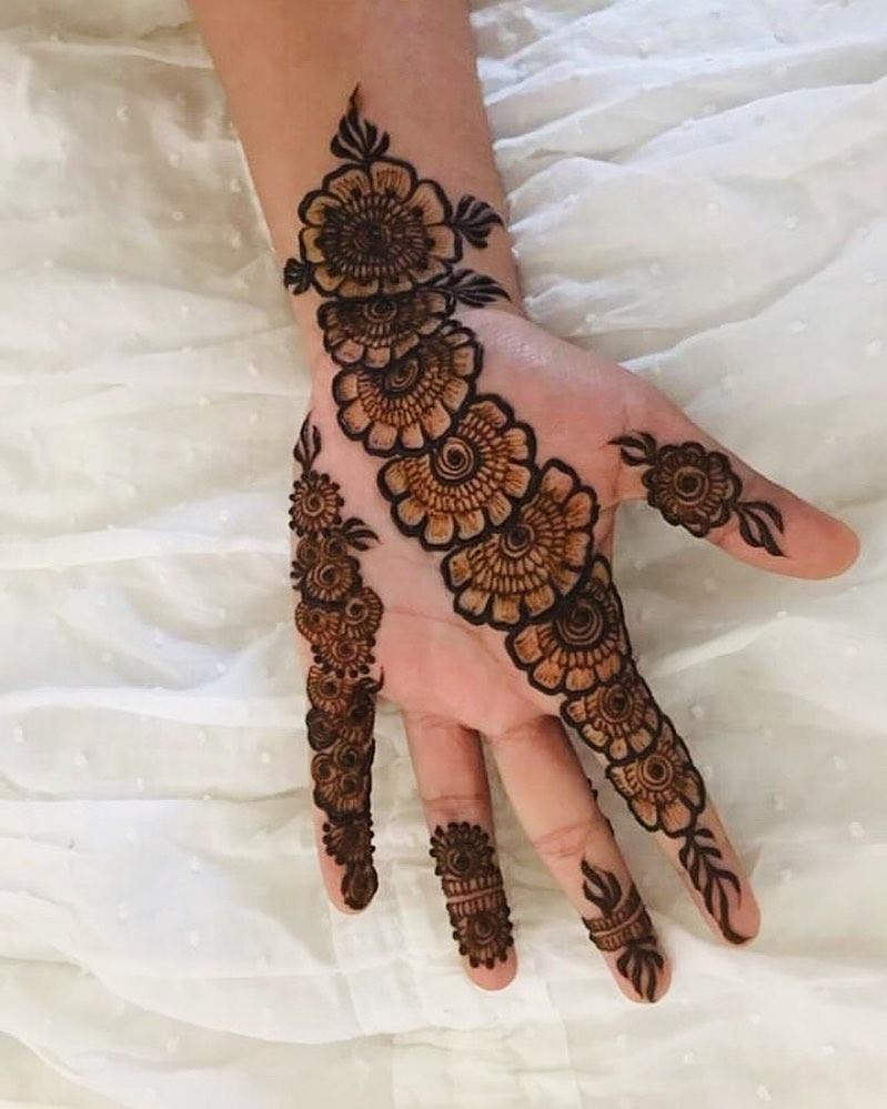 Simple Bridal Mehndi Designs Latest