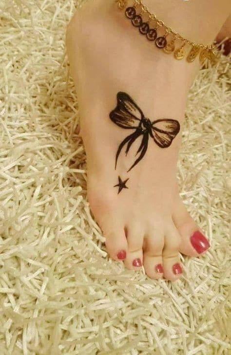 Simple Leg Mehndi Designs For kids