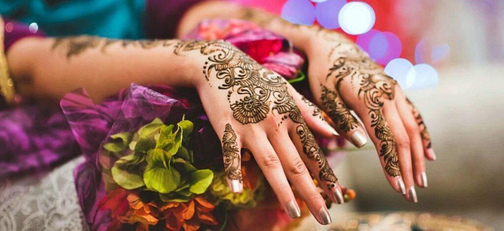 Simple and Easy Mehndi Design For Finger