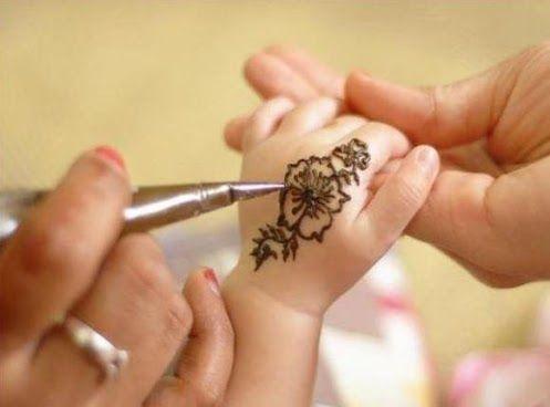 Simple mehndi designs for baby girl