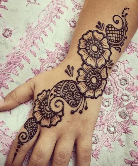Unique Latest Simple Arabic Mehndi Designs