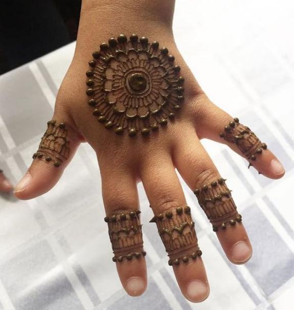 Unique Arabic Mehndi Design