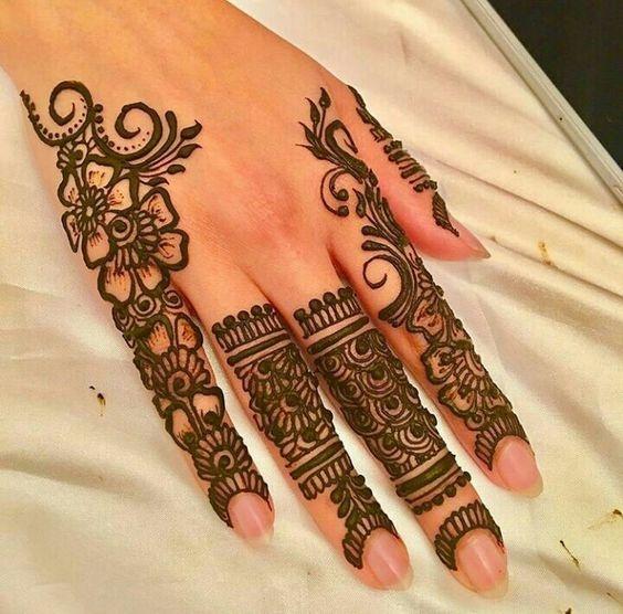 Unique Easy Mehndi Design For Fingers