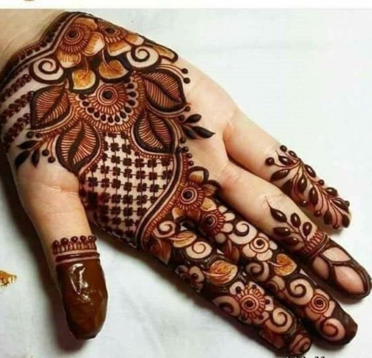 Unique marwari mehndi design