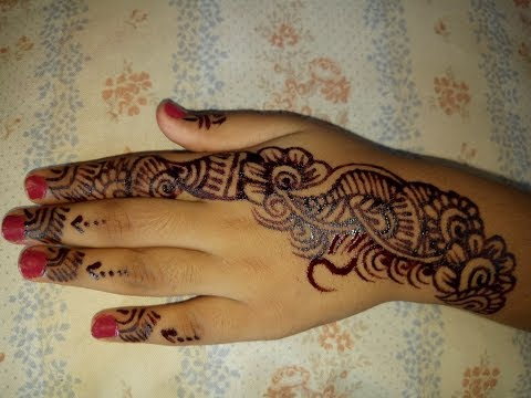 beautiful mehndi design for kids