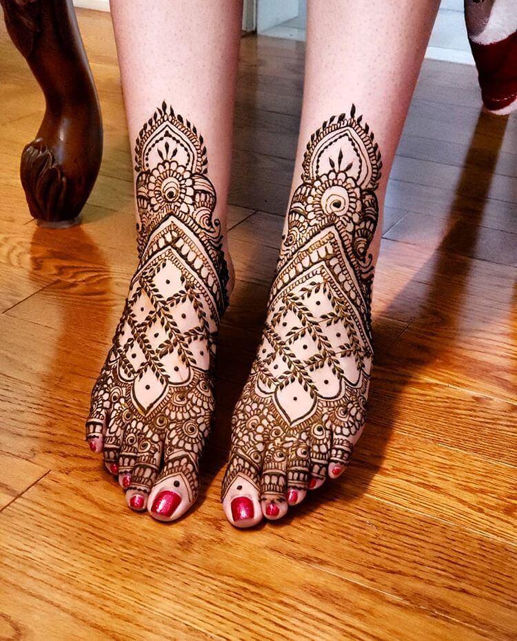mehndi foot design bridal