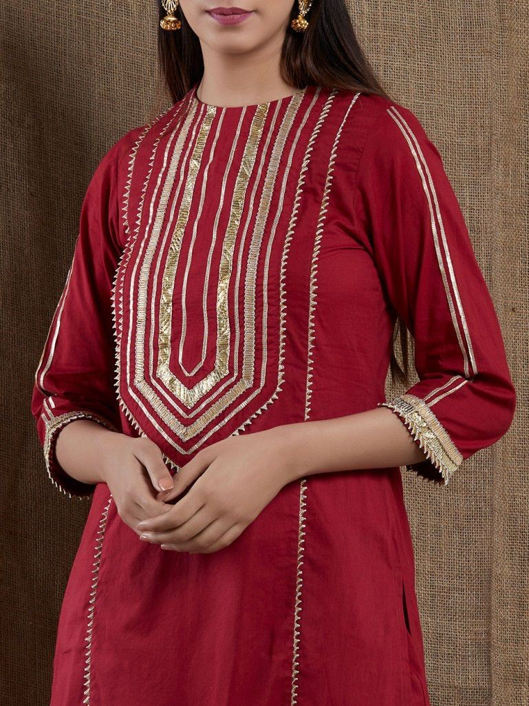 Modern Simple Kameez Design With Laces