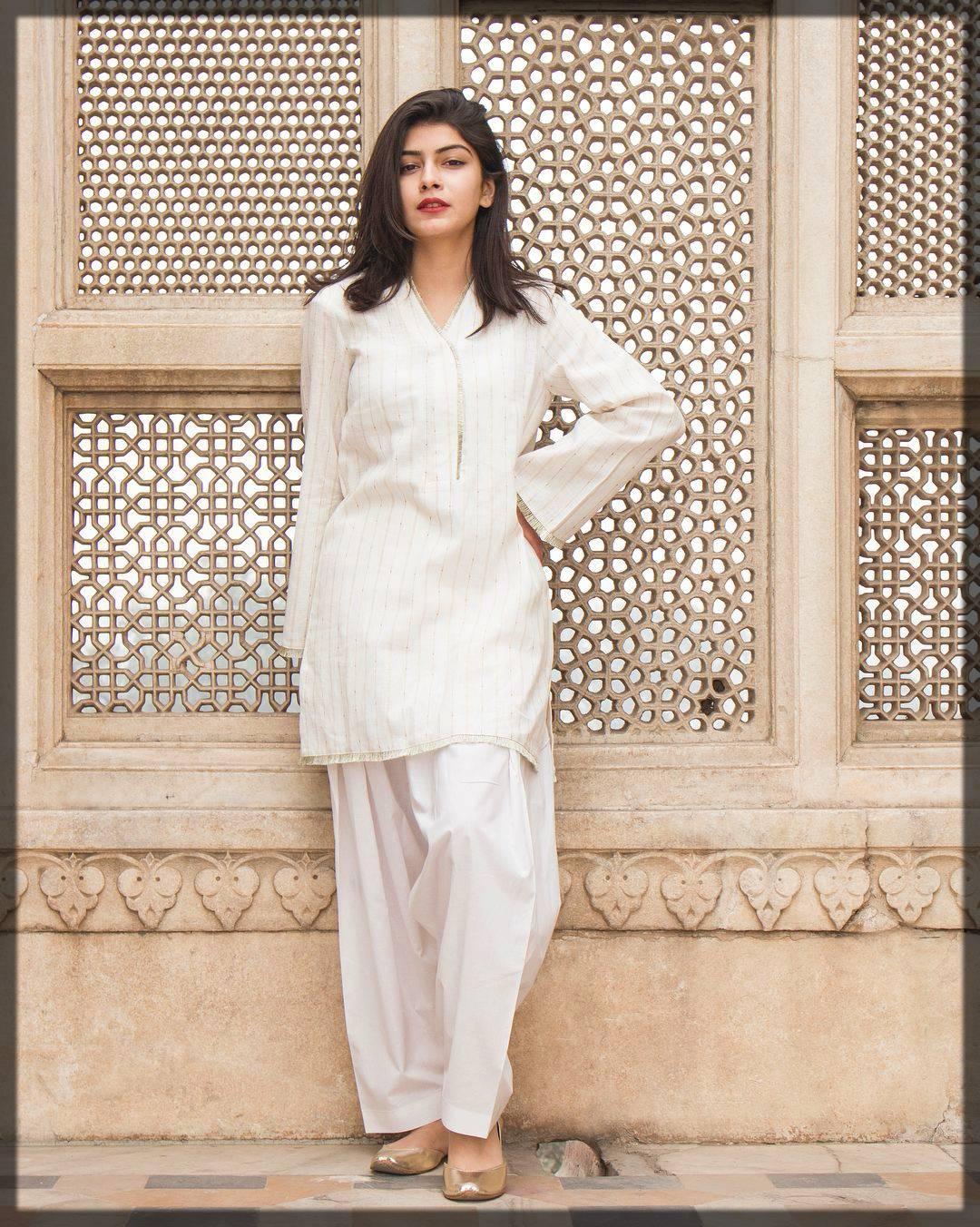 ladies Shalwar Kameez Design